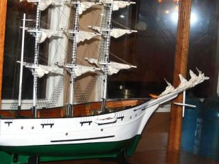 Original Benjamins ship model